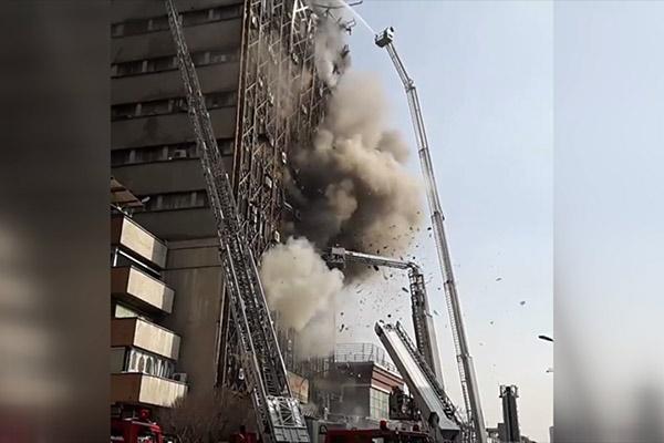 فیلم | تصاویر دیده نشده و وحشتناک لحظه فرو ریختن ساختمان پلاسکو