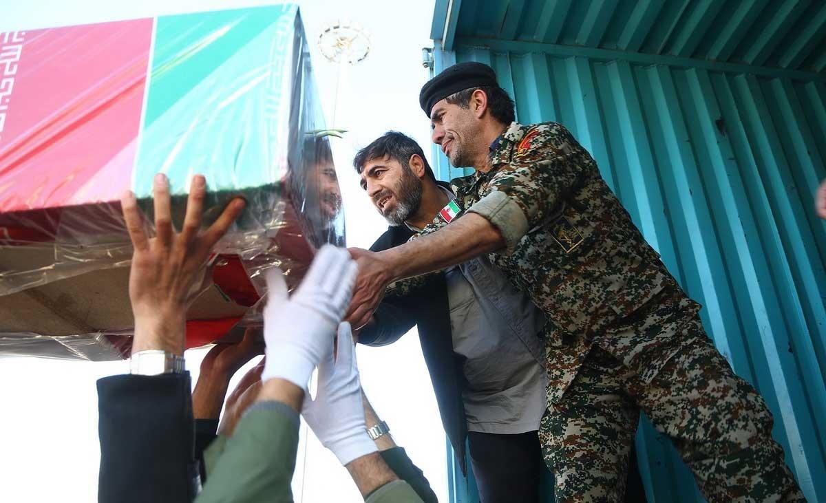 تصاویر | ورود پیکر مطهر ۲۰ شهید گمنام از مرز باشماق مریوان به کشور
