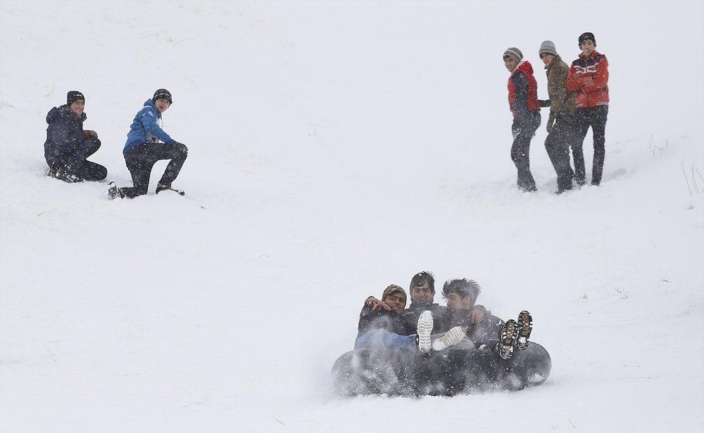 تصاویر | تفریحات برفی همدان