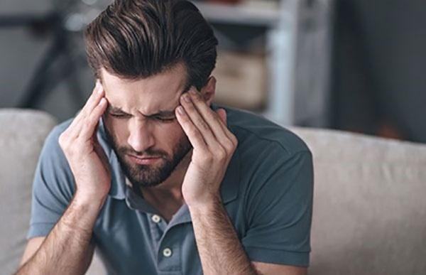 مرد هستید و سردرد مزمن دارید؟ شاید به خاطر کمبود ویتامین دی باشد