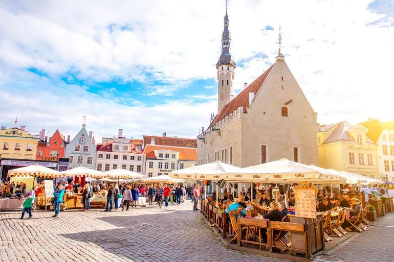 اگر دنبال اینترنت ۱۰ گیگابیت بر ثانیه در تمام نقاط یک کشورهستید به استونی بروید