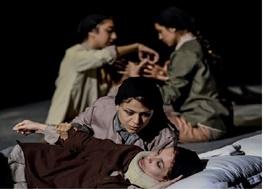 از حضور سردار نقدی تا تعطیلی یک نمایش/ حاشیههای سومین روز جشنواره فجر