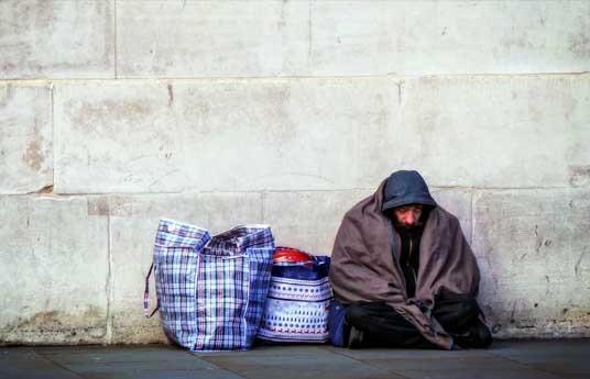 تا دو دهه پیش در ایران بیخانمان نداشتیم، چرا حالا داریم؟