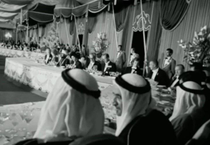فیلم   ناشنیدههایی از ریخت و پاش تشریفاتی در جشنهای ۲۵۰۰ساله