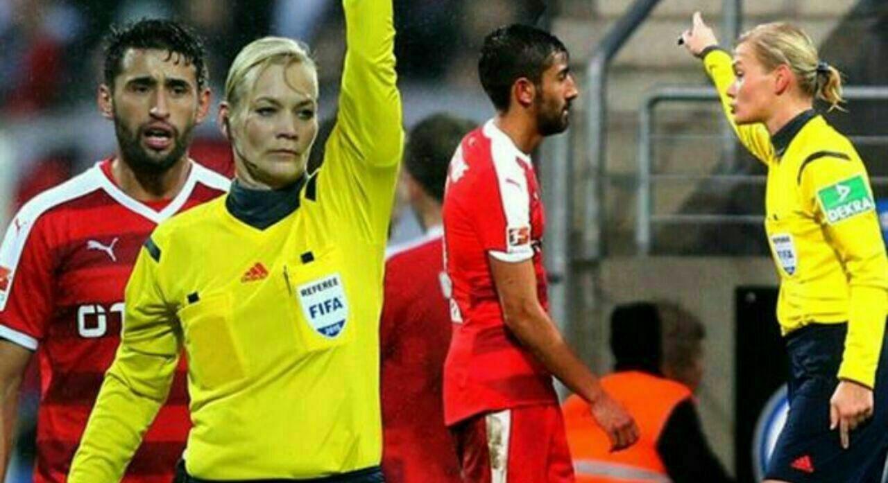جنجال یک فوتبالیست با این جمله؛ جای زن در آشپزخانه است!