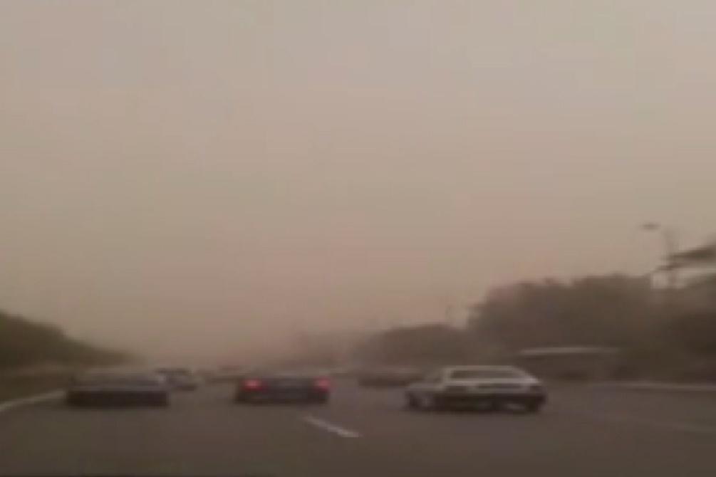 فیلم | بحران گرد و غبار در آسمان مشهد