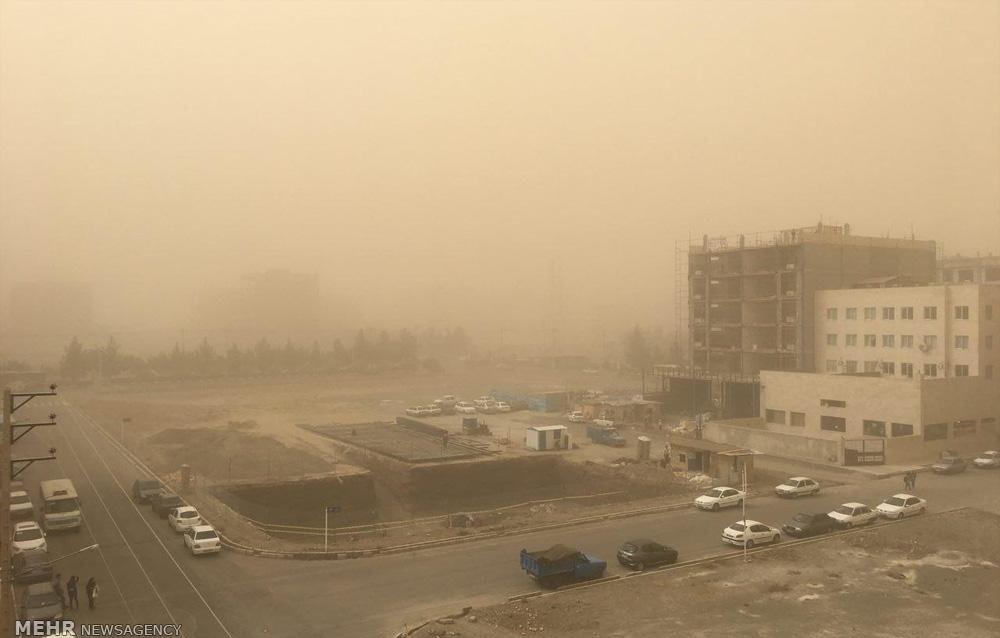 تصاویر | گرد و خاک شدید در مناطقی از شهر مشهد