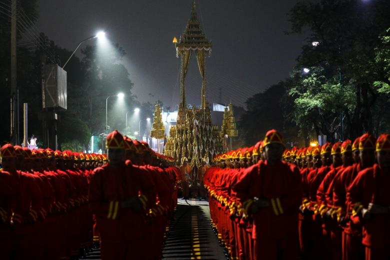 تصاویر   نخستین سالگرد درگذشت پادشاه محبوب تایلندیها