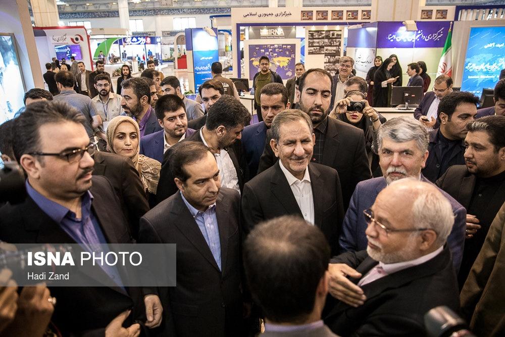 تصاویر | آغاز بهکار رسمی نمایشگاه مطبوعات با حضور معاون اول رئیسجمهور
