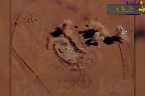 فیلم   داعشیهای مرز سوریه و عراق هدف پهپادها قرار گرفتند