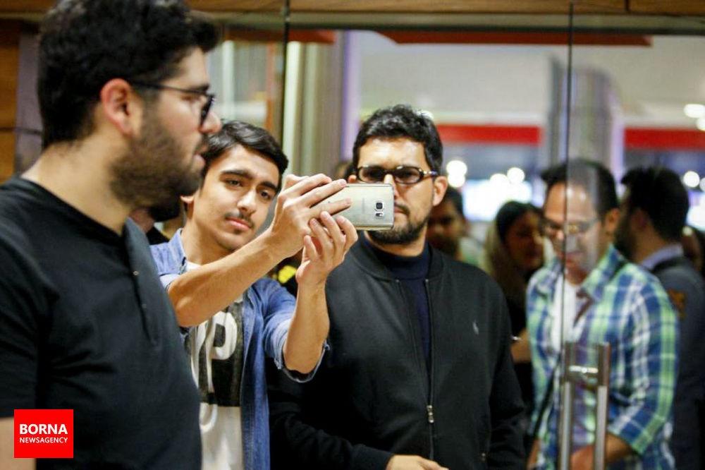 تصاویر | اکران مردمی فیلم «خانه دختر» با حضور حامد بهداد