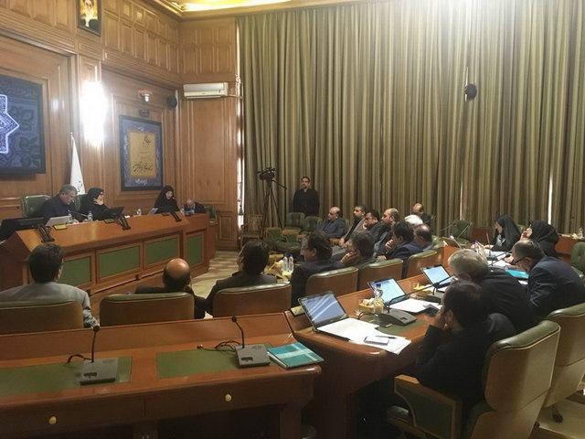 خجسته: کمیسیون شوراها در مورد «سپنتا نیکنام» تعیین تکلیف میکند