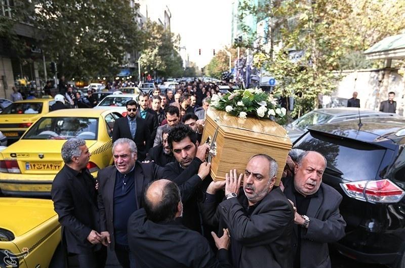تصاویر   تشییع پیکر پدر بیماران نادر ایران