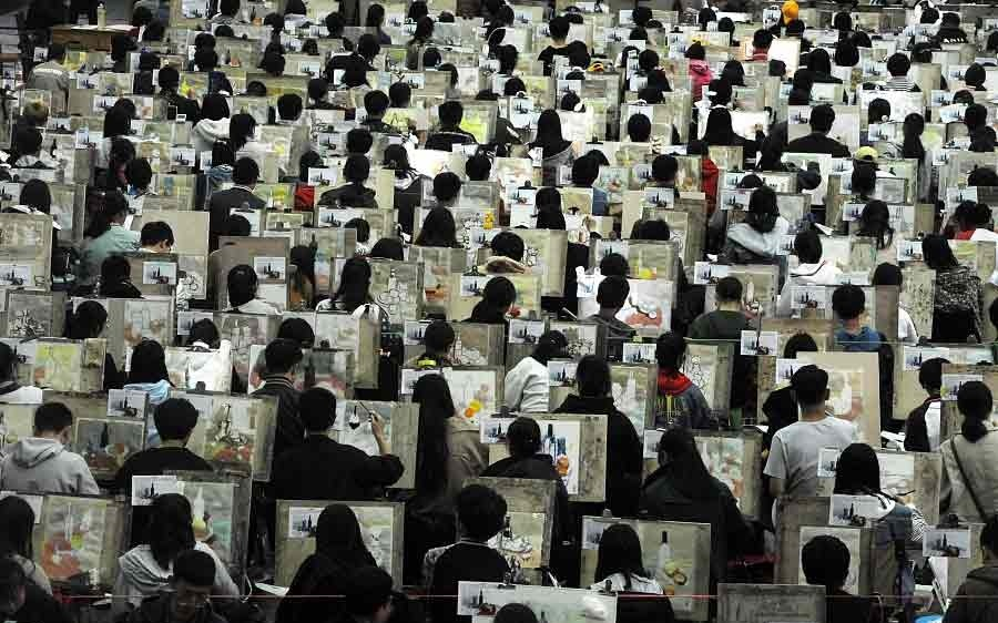 تصاویر   نمایی جالب از کنکور چینیها برای قبولی در رشته هنر!