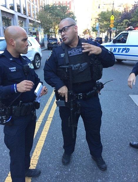 تصاویر | تیراندازی و زیر گرفتن مردم با خودرو در منطقه منهتن نیویورک