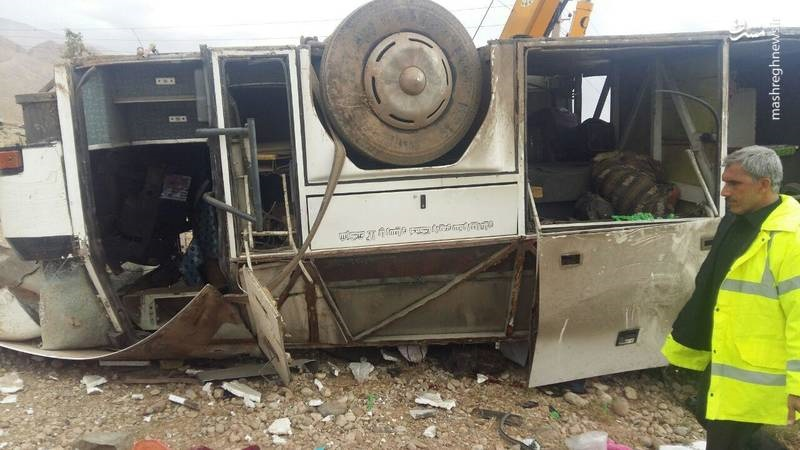 تصاویر | ۸کشته براثر واژگونی اتوبوس در سمنان