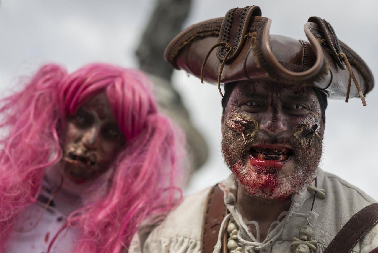 تصاویر | هجوم زامبیها به شهر با قیافههای عجیب و غریب