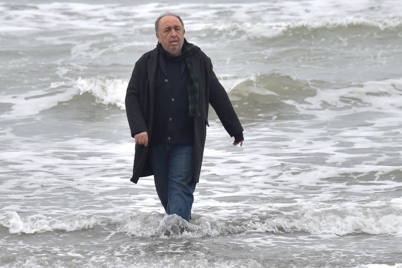 نام تازهترین فیلم بهمن فرمانآرا تغییر کرد/ «حکایت دریا» به جای «دل دیوانه»