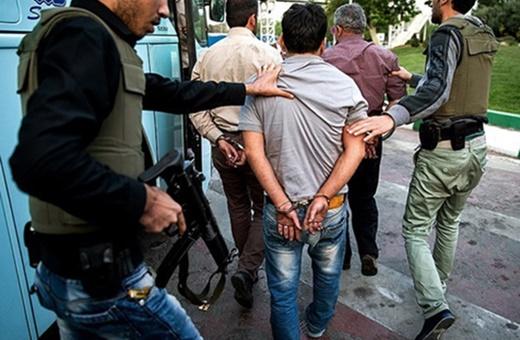 فیلم | دستگیری اراذل و زورگیران پاساژ علاءالدین