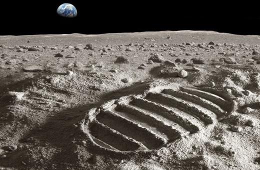 کشف تونل ۵۰ کیلومتری در ماه/افزایش احتمال امکان زندگی انسان