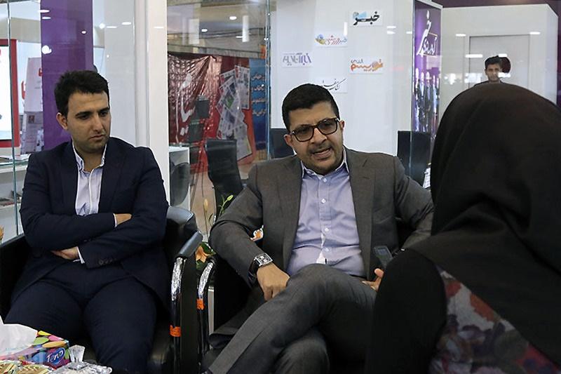 تصاویر | مهمانان گروه رسانهاى خبر در ششمین روز نمایشگاه مطبوعات/ ۱