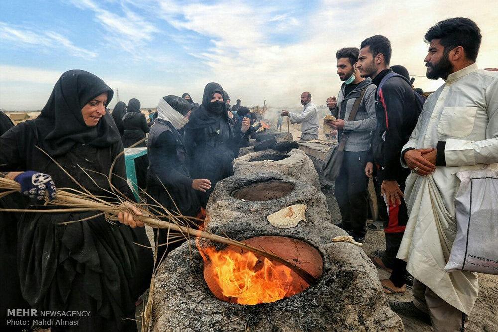 تصاویر | مهماننوازی زنان عراقی در ایام اربعین