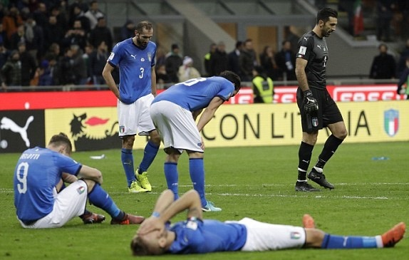 تصاویر | حذف ایتالیا از بزرگترین رویداد ورزشی | تجربه جام جهانی فوتبال بدون لاجوردیها