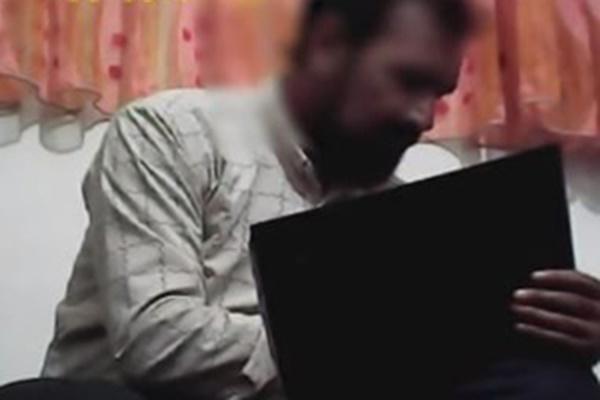فیلم | دوربین مخفی از گفتگو با یکی از جادوگران فوتبال