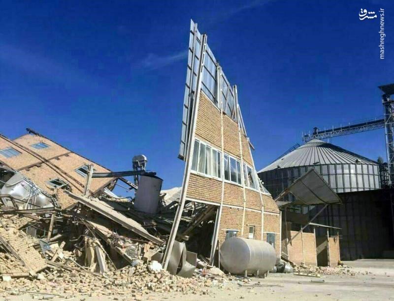 عکس | تخریب کامل کارخانه آرد در سرپلذهاب