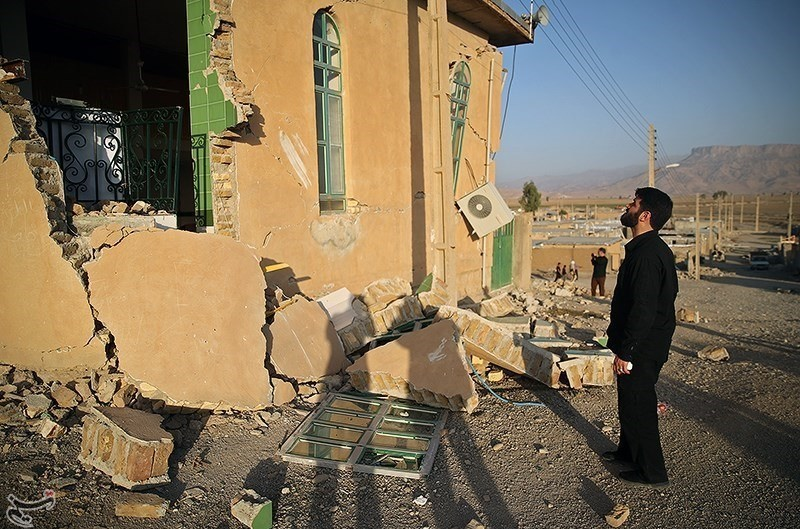 تصاویر | ازگله و سرپل ذهاب؛ چهار روز پس از زلزله مرگبار ۷.۳ ریشتری