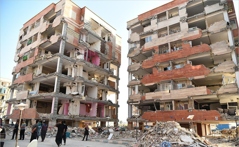 تصاویر   وضعیت مسکن مهر سرپلذهاب پس از زلزله ۷.۳ ریشتری