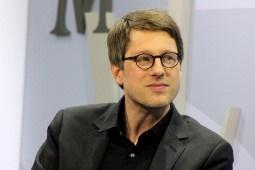 اهدای جایزه ۵۰ هزار یورویی به شاعر آلمانی