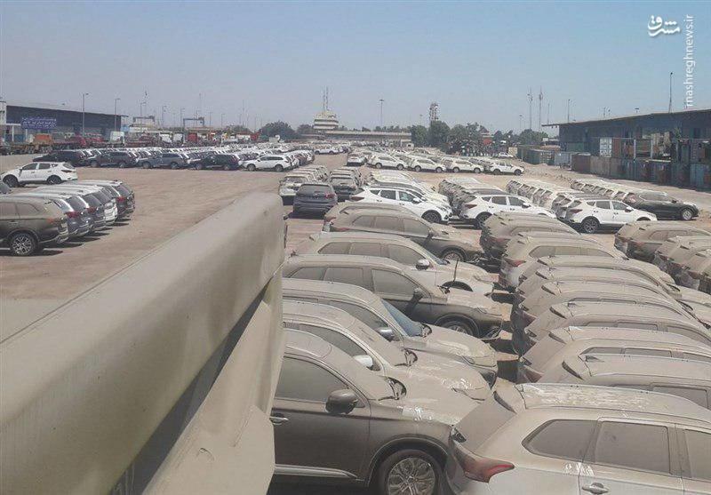 عکس   بلاتکلیفی خودروهای لوکس در گمرک