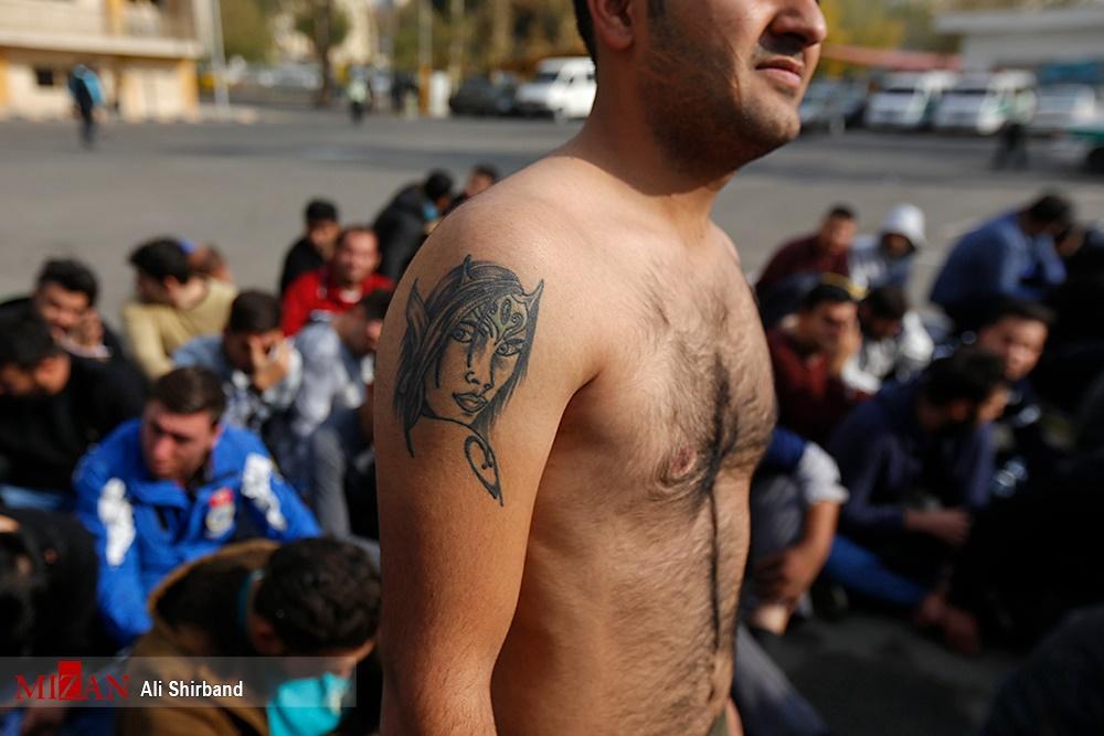 تصاویر   دستگیری ۳۲۰ نفر از اشرار و اوباش پایتخت