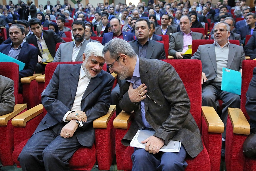 از انتقاد عارف تا واریزهای دولتاحمدینژاد به حساب پزشکیان