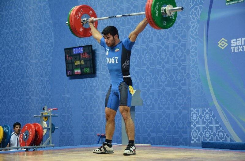وزنهبردار تیم ملی: آماده مسابقات جهانی آمریکا هستم