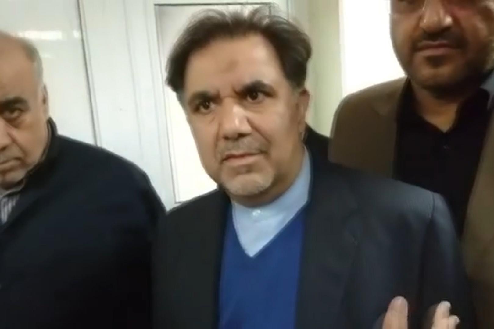 فیلم | انتقاد یکی از اهالی کرمانشاه از آخوندی و پاسخ نماینده سرپلذهاب و استاندار
