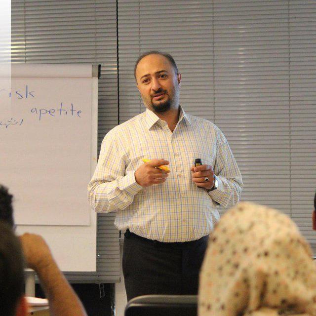 انتصاب یک اقتصاددان جوان به سمت معاونت وزیر کار