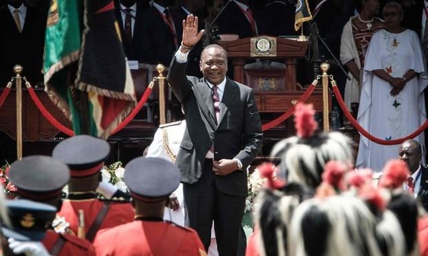 تصاویر | تحلیف رئیسجمهور کنیا در میان اعتراضات مردمی