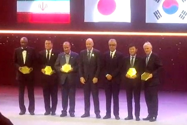 فیلم | جایزه بهترین فدراسیون فوتبال آسیا برای ایران