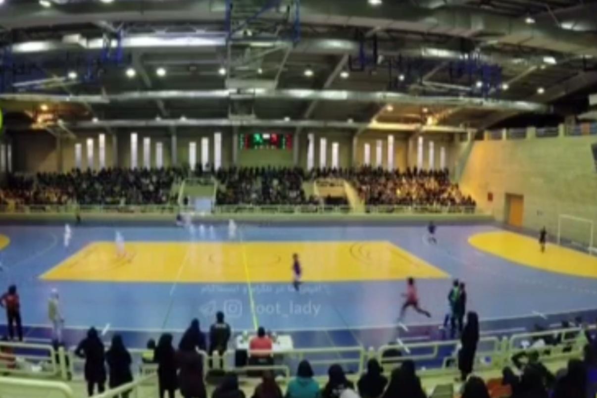 فیلم | لحظات پرهیجان از بازی فوتسال زنان ایران و ایتالیا