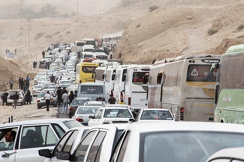 ترافیک نیمه سنگین در مسیرهای بازگشت زائرین اربعین حسینی