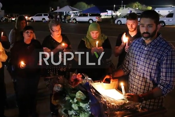 فیلم | سوگواری مسلمانان آمریکا برای قربانیان حمله به کلیسای تگزاس