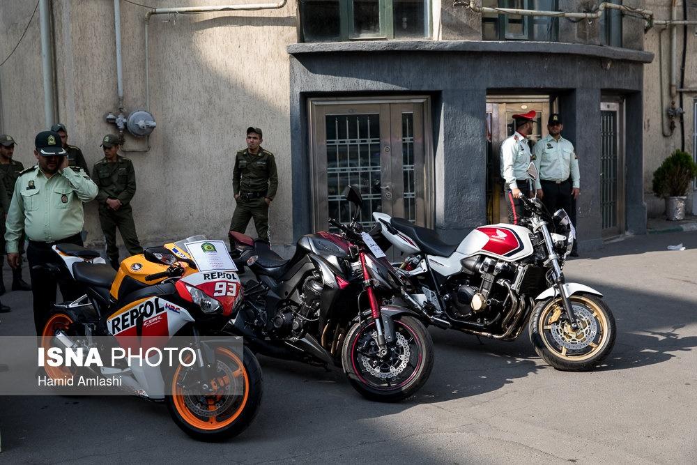 تصاویر   بازداشت ۳۷۳ سارق و مالخر سابقهدار در پایتخت