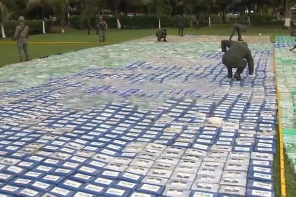 فیلم | کشف محموله ۱۲ تنی کوکائین در کلمبیا به ارزش ۳۶۰ میلیون دلار