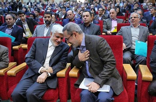 از انتقاد تند عارف تا واریزهای دولت احمدینژاد به حساب پزشکیان