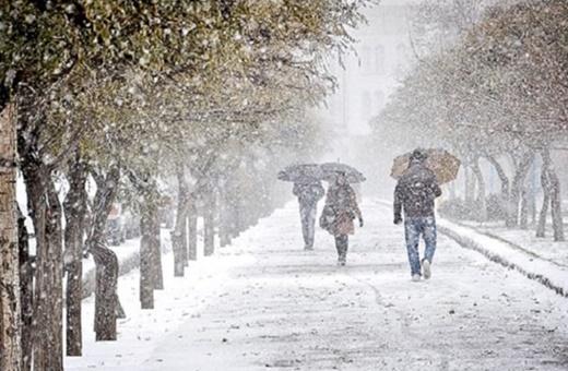 فیلم | بارش برف پاییزی در تبریز