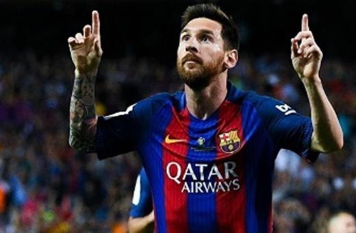 وعده مدیرعامل بارسلونا در جمع خبرنگاران:قرارداد مادامالعمر مسی با بارسا