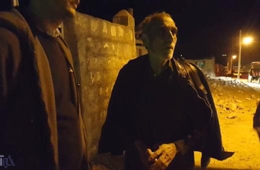 پیرمردی که ۱۷نفر از اعضای خانوادهاش را در زلزله کرمانشاه از دستداد: ۱۰۵نفر را با دستهای خودم خاککردم