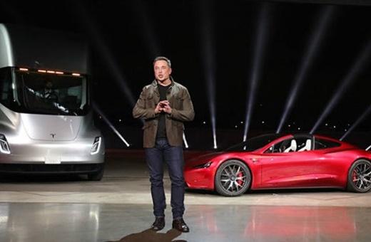 رودستر تسلا نیامده رقیب پیدا کرد/خودروی الکتریکی تایوانی با شتاب ۱.۸ ثانیه